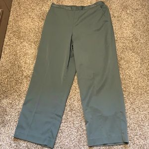 Alfred Dunner Olive Green Pants